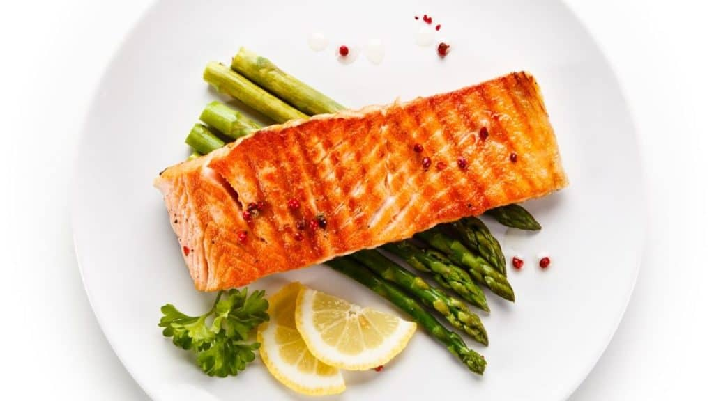 Lebensmittel gegen Müdigkeit Lachs